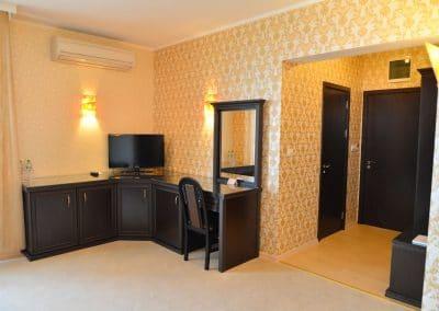 ShatoHotel  Trendafilloff - Rooms (5)